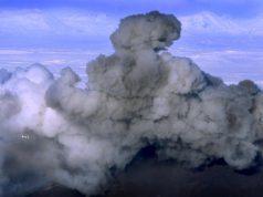Hekla-vybuchuje